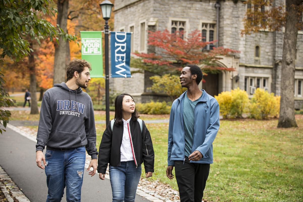 LD_102919_INTO_Students_Fall_Campus_0671-1